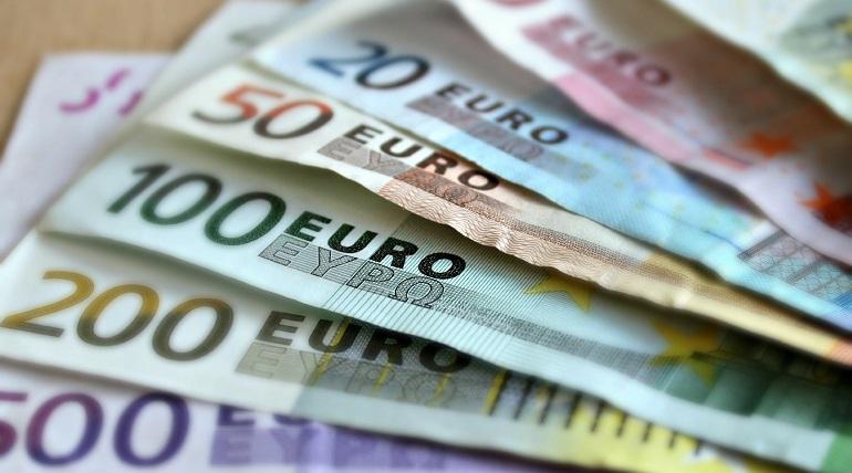 Geldscheine Crowdfunding